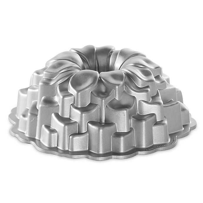 Alternate image 1 for Nordic Ware® Blossom Bundt Pan