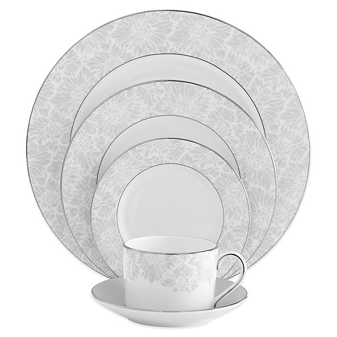 Alternate image 1 for Vera Wang Wedgwood® Vera Chantilly Lace 5-Piece Place Setting in Grey
