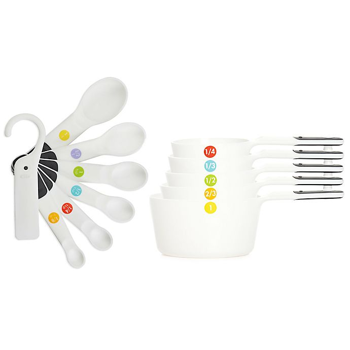 Oxo Good Grips 174 Plastic Measuring Cups And Spoons Bed