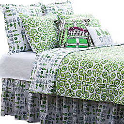 Boxwood Abby Reversible Quilt in Green/White