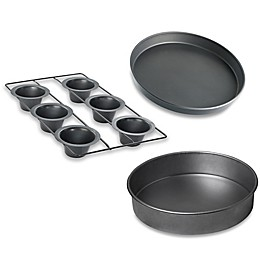 Chicago Metallic™ Nonstick Bakeware
