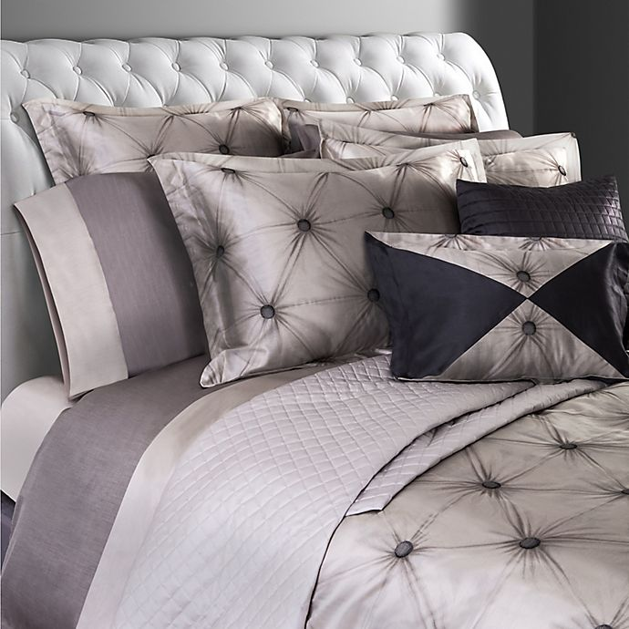 Alternate image 1 for Villa Di Borghese Chesterfield Italian-Made Jacquard Queen Duvet Cover in Grey