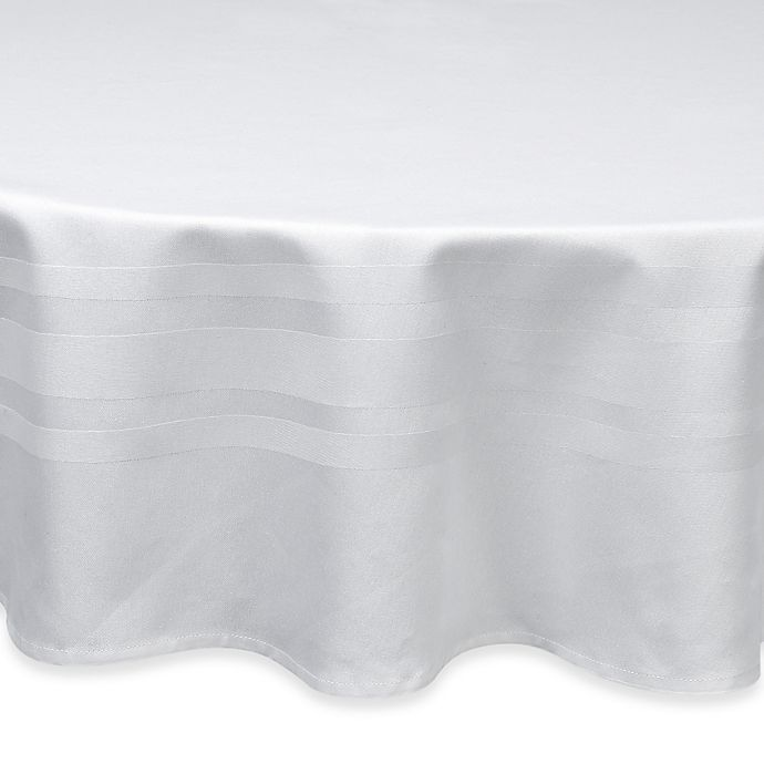 Alternate image 1 for Wamsutta® Classic 70-Inch Round Tablecloth in White