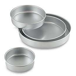Wilton® 4-Piece Round Cake Pan Set