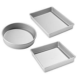 Chicago Metallic™ Anondized Aluminum Bakeware