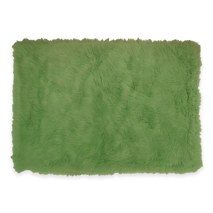 Alternate image 1 for Fun Rugs 3-Foot 3-Inch x 4-Foot 10-Inch Flokati Accent Rug in Lime Green