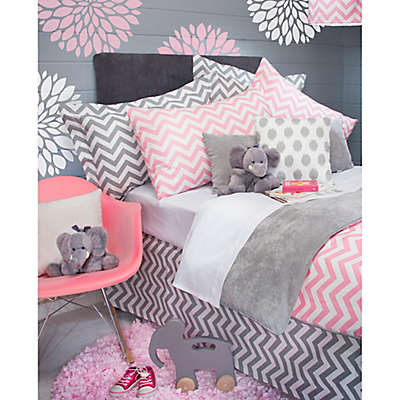 Glenna Jean Swizzle Bedding Collection in Pink