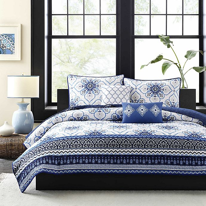 Alternate image 1 for Intelligent Design Cassy Printed Twin/Twin XL Coverlet Bedding Set