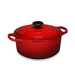 Le Creuset® Signature 4.5 qt. Round Dutch Oven
