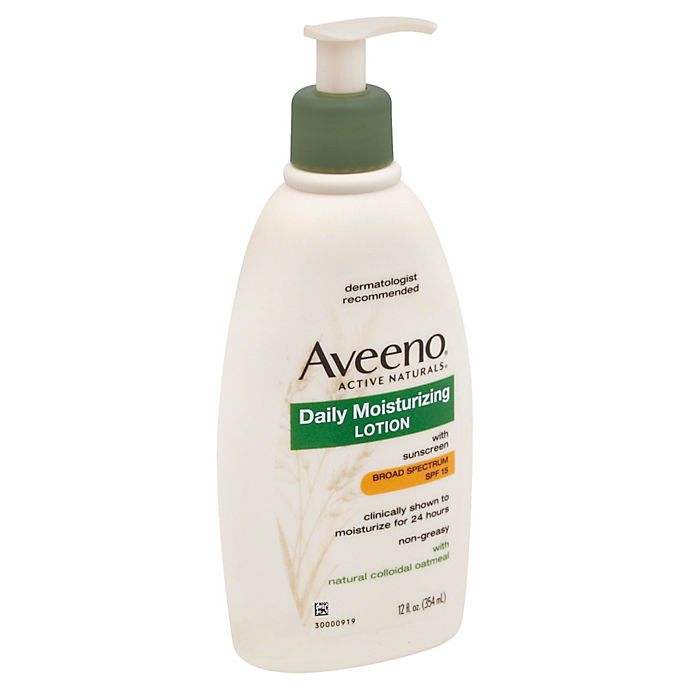 Alternate image 1 for Aveeno® Active Naturals® 12 oz. Daily Moisturizing Lotion with Broad Spectrum SPF 15