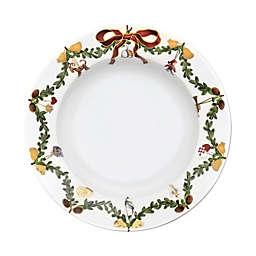 Royal Copenhagen Star Fluted Christmas 8.25-Inch Rim Soup Bowl
