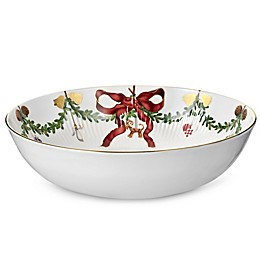 Royal Copenhagen Star Fluted Christmas 3.25 qt. Bowl