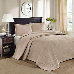 Madison Park Quebec Bedspread Set
