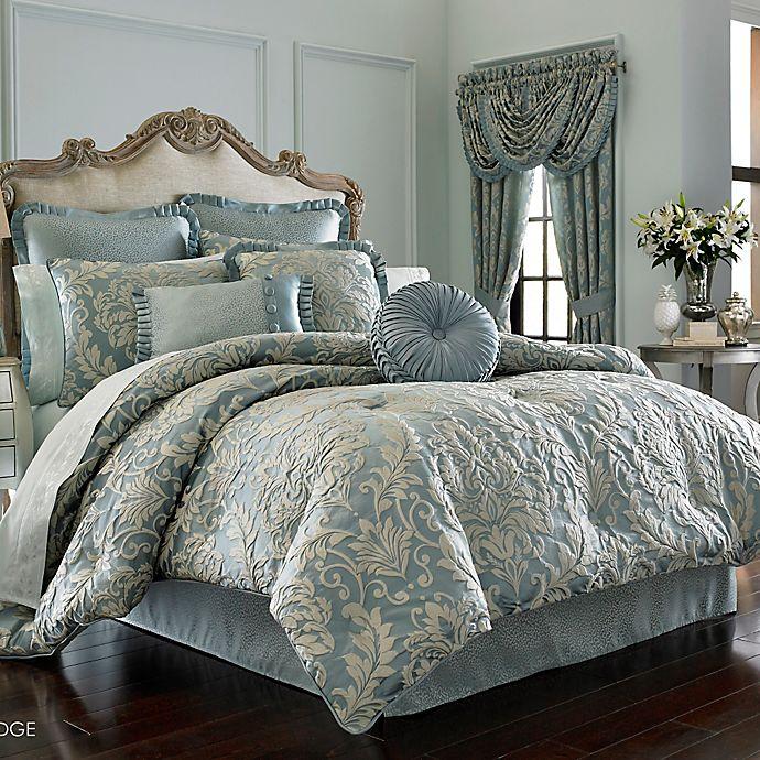 J Queen New York Kingsbridge Comforter Set In French