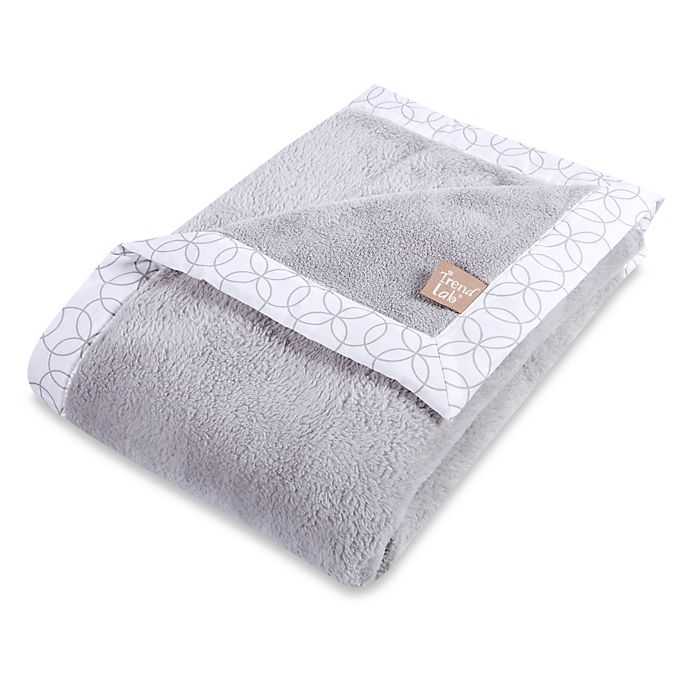 Alternate image 1 for Trend Lab® Grey and White Circles Coral Fleece Framed Receiving Blanket