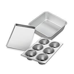 Wilton® Performance™ Aluminum Bakeware Collection