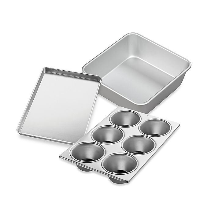Alternate image 1 for Wilton® Performance™ Aluminum Bakeware Collection