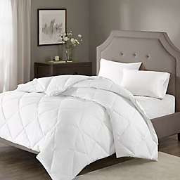 Madison Park Signature 1000-Thread-Count Down Alternative Full/Queen Comforter in White