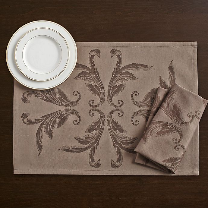 Alternate image 1 for Wamsutta® Collection Bourne Placemat