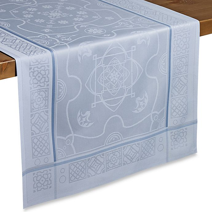 Alternate image 1 for Wamsutta® Collection Gardiner Table Runner