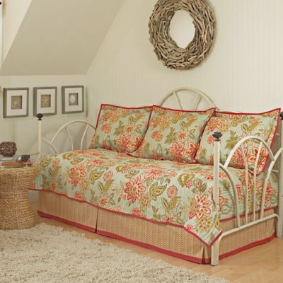 Waverly 174 Charismatic Reversible Daybed Bedding Set Bed