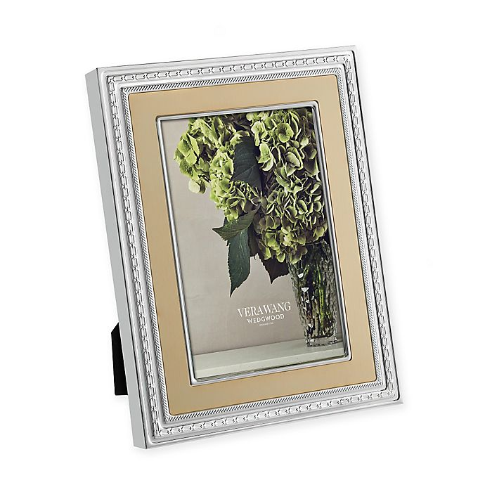 Alternate image 1 for Vera Wang Wedgwood With Love Gold 5-Inch x 7-Inch Picture Frame