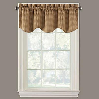 Fulton Scalloped Window Valance