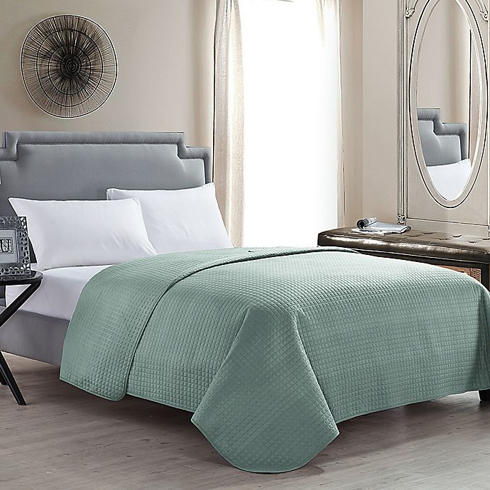 Alternate image 1 for VCNY Columbus Full/Queen Quilt in Sage