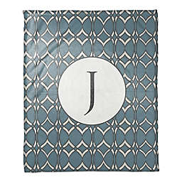 Cool Geometric Throw Blanket in Blue/White