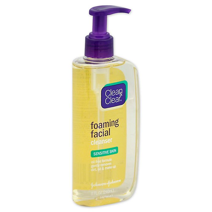 Alternate image 1 for Johnson & Johnson® Clean and Clear® 8 fl. oz. Sensitive Skin Facial Cleanser