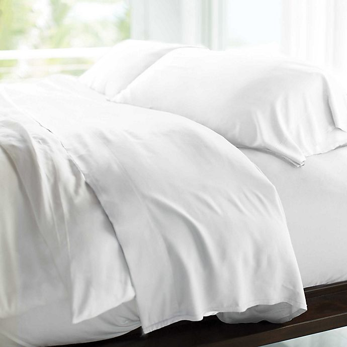 Alternate image 1 for Cariloha® Resort 400-Thread-Count Viscose Made From Bamboo Sheet Set in White