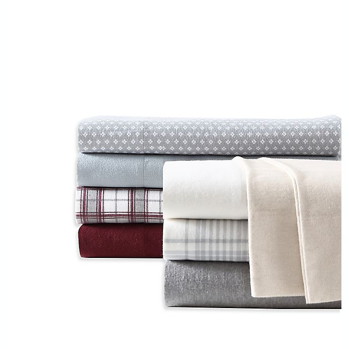 Alternate image 1 for UGG® Flannel Sheet Set