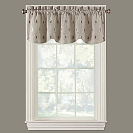 Paxton Scalloped Window Valance in Linen