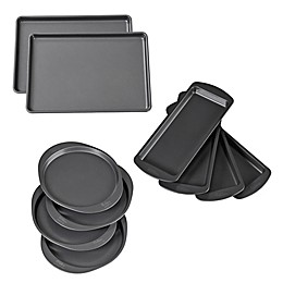 Wilton® Easy Layers! Nonstick Bakeware