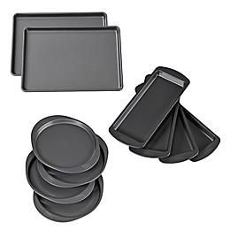 Wilton® Easy Layers! Nonstick Bakeware