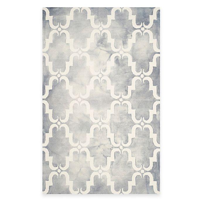 Alternate image 1 for Safavieh Dip Dye Trellis Curve 4-Foot x 6-Foot Area Rug in Grey/Ivory