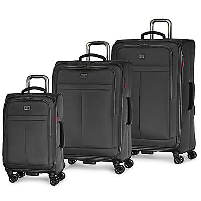 Latitude 40°N™ Freehold Luggage Collection