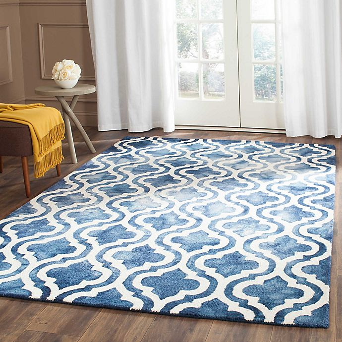 Alternate image 1 for Safavieh Dip Dye Double Trellis Wool Area Rug in Navy