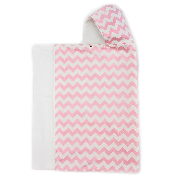 Alternate image 1 for Bella Bundles™ Snap Hooded Towel in Pink Chevron