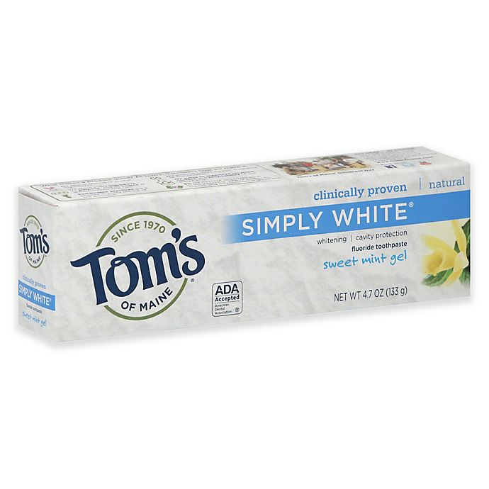 Alternate image 1 for Tom's of Maine 4.7 oz. Simply White Fluoride Toothpaste in Sweet Mint Gel