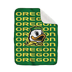 University of Oregon 60-Inch x 70-Inch Echo Plush Logo Blanket