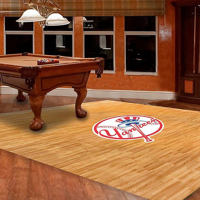 Alternate image 1 for MLB New York Yankees Foam Fan Floor
