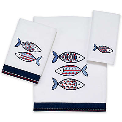 Avanti Mosaic Fish Bath Towel in White