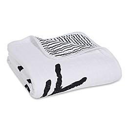 aden + anais® Lovestruck Classic Dream Blanket in Black/White