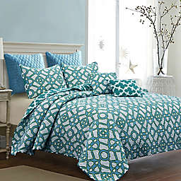 Croyland Reversible Quilt Set in Blue/White