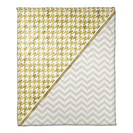 Houndstooth Chevron Throw Blanket in Gold/White