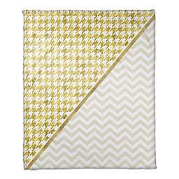 Houndstooth Chevron Throw Blanket in Gold/White