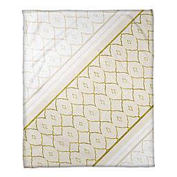 Quatrefoil and Diamonds Throw Blanket in White/Gold