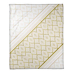 Quatrefoil and Diamonds Throw Blanket in White/Gold