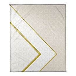 Inverse Pattern Throw Blanket in White/Cream